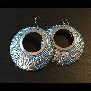 NWOT- blue boho filigree earrings
